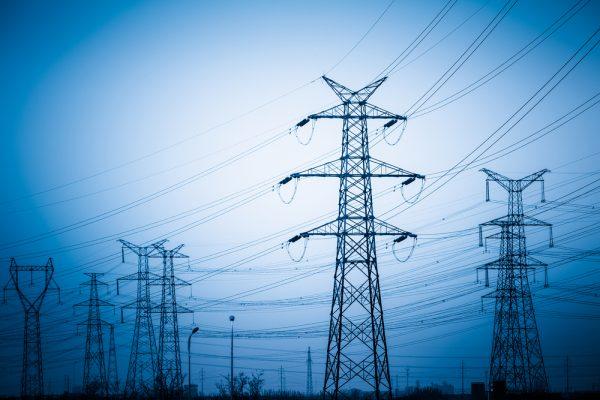 スマートメーターなどから送電網システムをハッキングする被害も今後、深刻化が予想される。