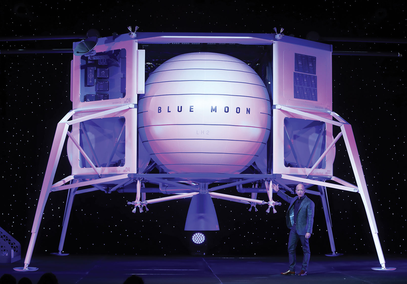 Jeff Bezos unveils the module he'd use to bring humans back to the moon.